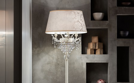 Glasse lamp stand